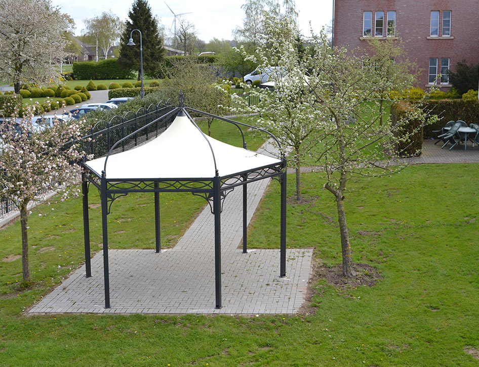 gartenpavillon mit festem dach. Black Bedroom Furniture Sets. Home Design Ideas